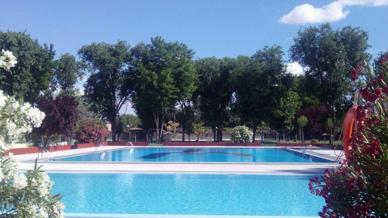 Pinto investiga una fiesta privada en la piscina municipal de verano