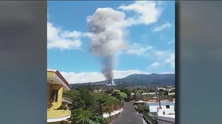 Las imágenes de la erupción del volcán que llegaron a través de las redes sociales