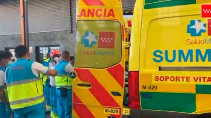 Herido grave un trabajador al caerle encima un palé de tornillos en Fuenlabrada