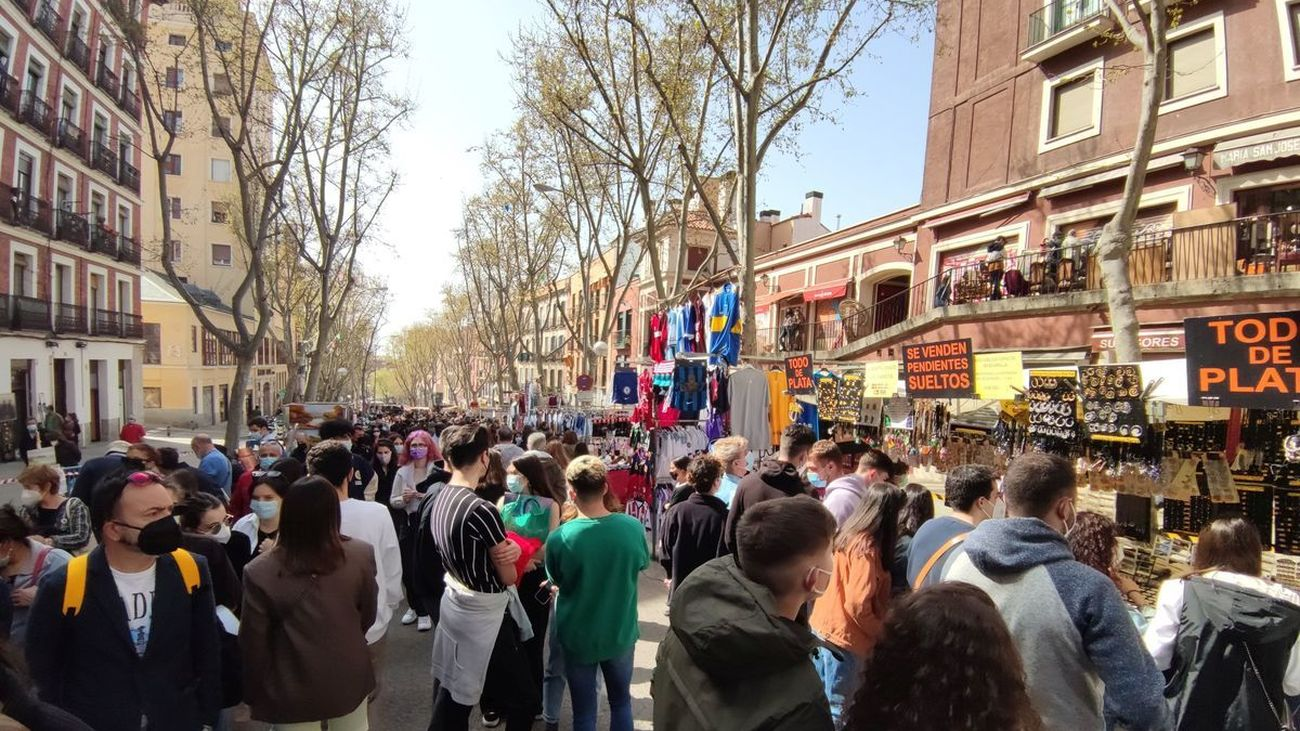 El Rastro de Madrid reabre todos sus puestos este domingo
