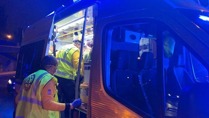 La policía investiga el posible atropello con fuga de un hombre en Avenida de los Poblados