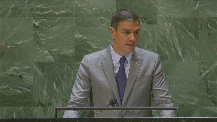"""Sánchez llama en la ONU a defender la democracia porque """"está amenazada"""""""