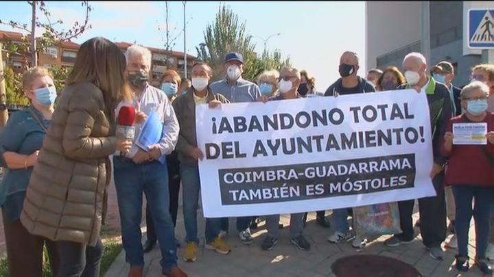 Vecinos de Móstoles denuncian el abandono y la suciedad del parque Coimbra