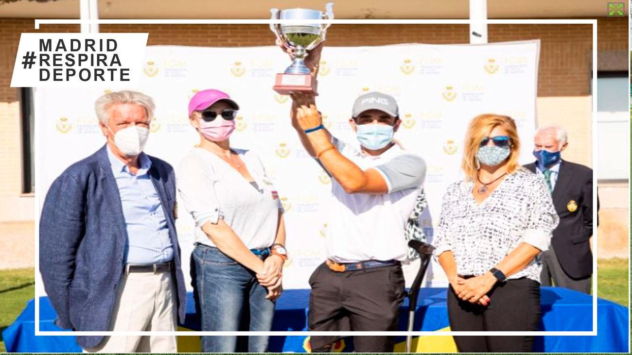 Juan Postigo conquista el Daikin Madrid Open de golf