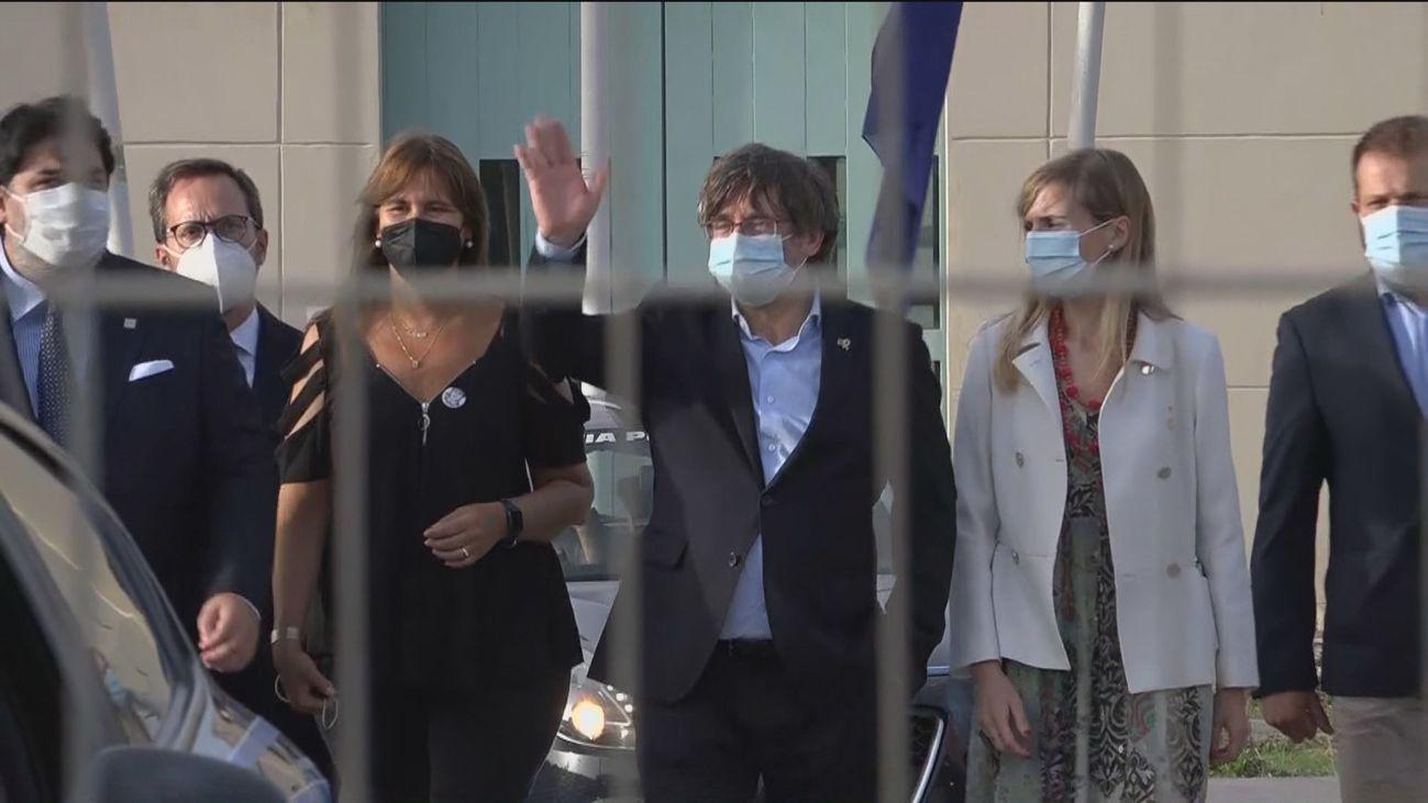 Puigdemont sale en libertad de la cárcel de Cerdeña