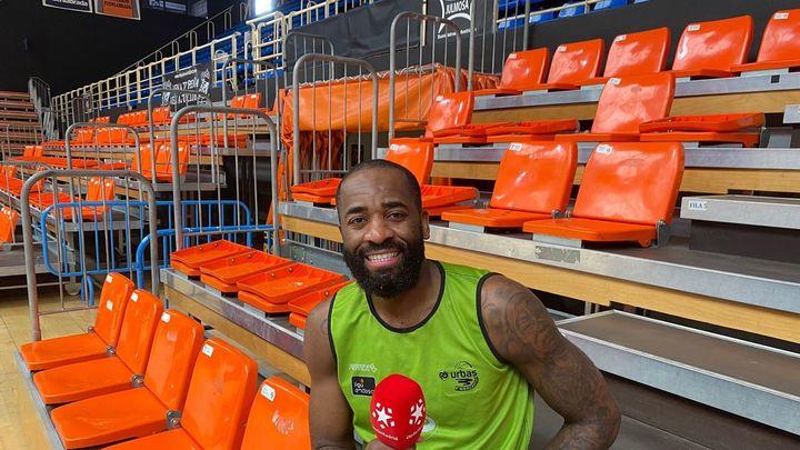 "Eyenga: ""Pasé de dormir en un cementerio a jugar con Kobe Bryant"""