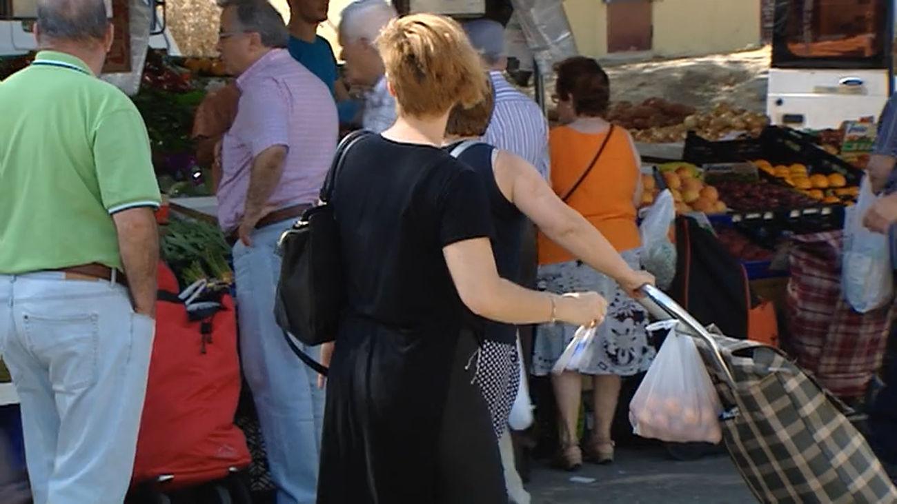 El PSOE pide que en 2022 tampoco se cobre la tasa de ocupación de vía pública a los mercadillos de Madrid