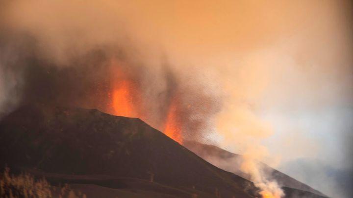 Una semana después de la explosión del volcán de La Palma, las coladas se ralentizan