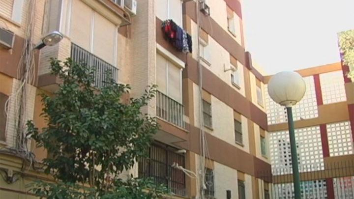 Detenida en Sevilla por comerse los dedos de una compañera de piso