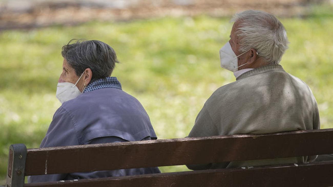 Los mayores de Orcasitas se movilizan para quedarse en su barrio