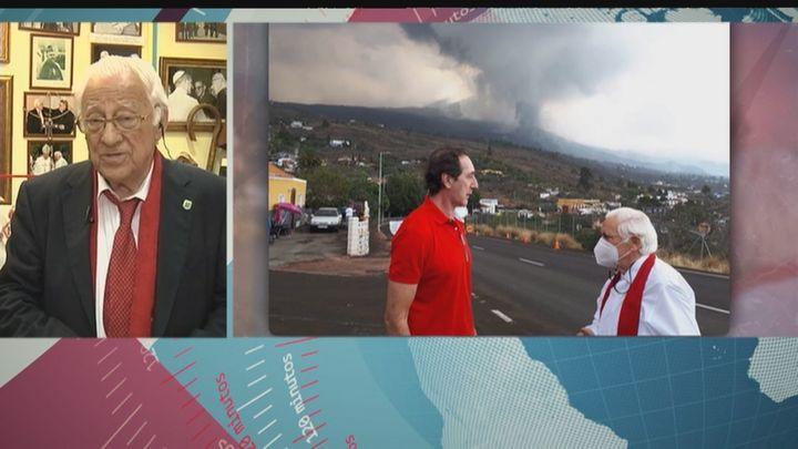 """El padre Ángel, tras visitar La Palma: """"Lo que necesitan ahora son viviendas para los que han perdido todo"""""""