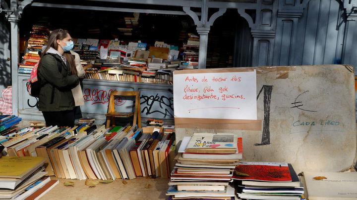 Los libreros de la Cuesta de Moyano, exentos del canon municipal por segundo año