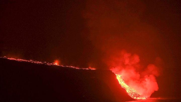 Ancianos, niños y enfermos respiratorios, los más sensibles a los gases del volcán de La Palma