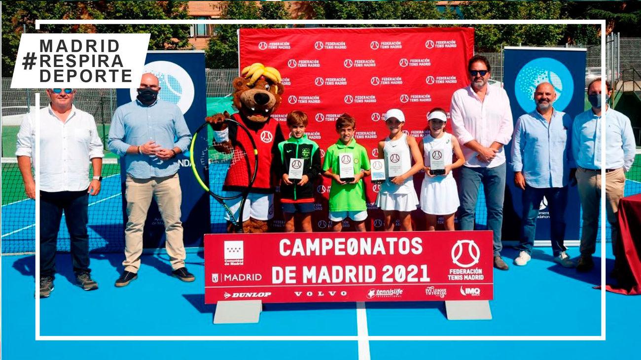 Manuel Tordesillas y Clara Gomendio, campeones benjamines de tenis de Madrid