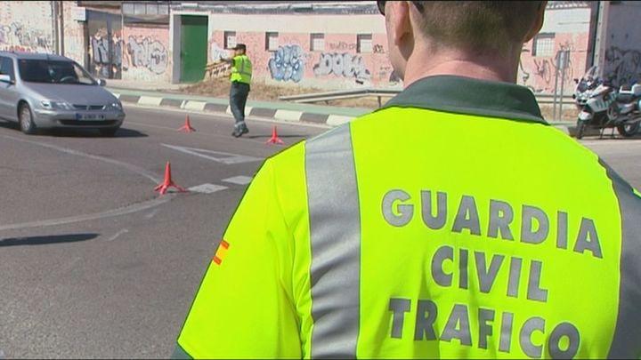 El Congreso mantiene en la nueva ley de tráficoel margen de 20 km/h para adelantar en carretera convencional