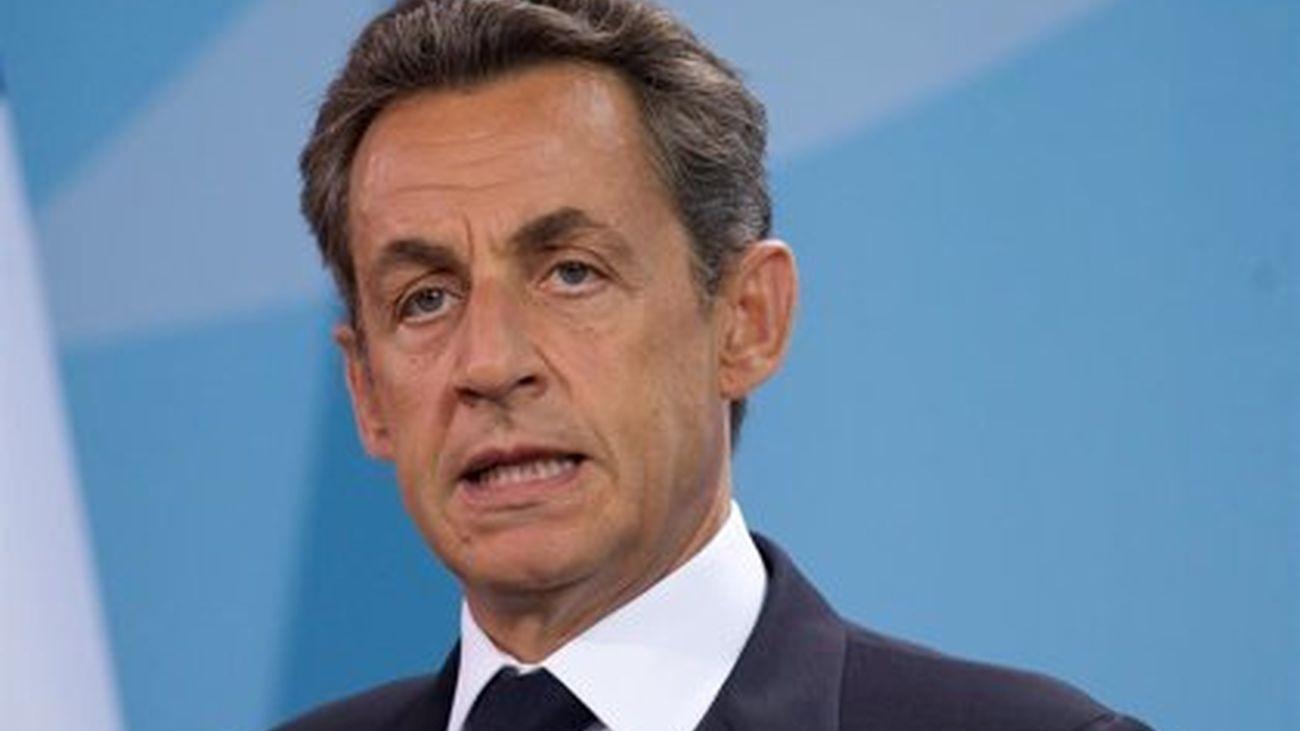 Nicolas Sarkozy condenado a un año de cárcel por financiación ilegal