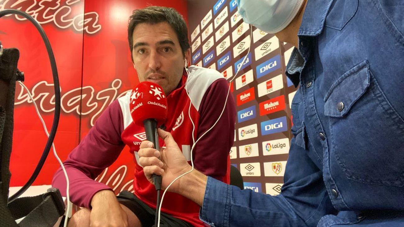 """Iraola: """"Mi objetivo es que el Rayo esté en primera al final de temporada"""""""