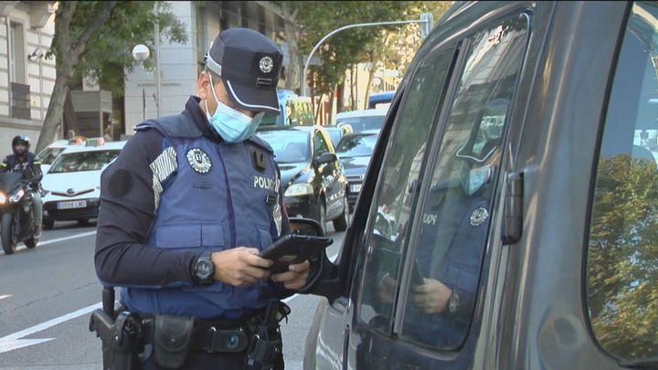 Acompañamos a la Policía Municipal en un control de droga a VTC y taxis