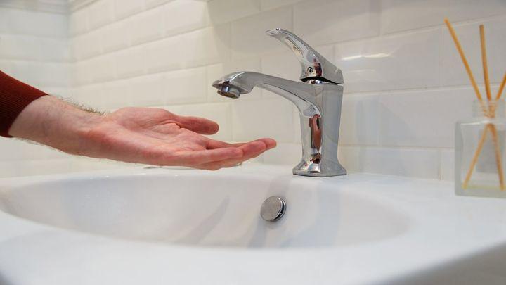 Dos urbanizaciones de Collado Villalba llevan dos días sin suministro de agua