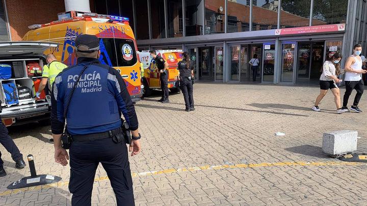 Un joven apuñala a un hombre con un cuchillo de cocina en un tren de Cercanías entre Atocha y Recoletos
