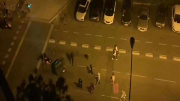 Incidentes tras un macrobotellón con miles de jóvenes concentrados en el Parque del Oeste
