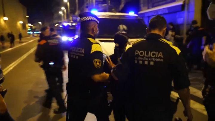 Cinco detenidos durante los botellones de esta noche en Barcelona