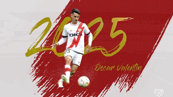 Oscar Valentín renueva con el Rayo Vallecano hasta 2025