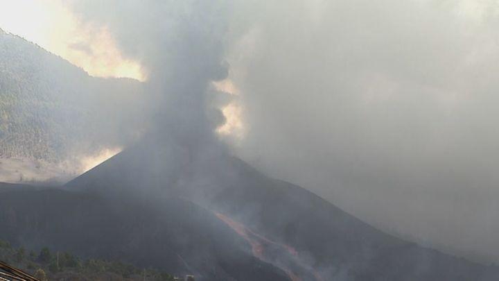 Se parte el cono del volcán de La Palma