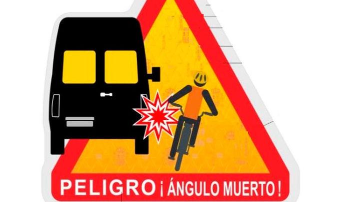 La DGT crea una señal de ángulos muertos en furgonetas, autobuses y camiones