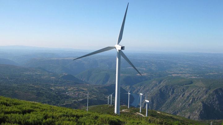 El Gobierno pide vigilar el parón de las renovables por parte de las eléctricas