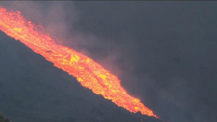 El volcán de La Palma ha emitido unas 250.000 toneladas de dióxido de azufre