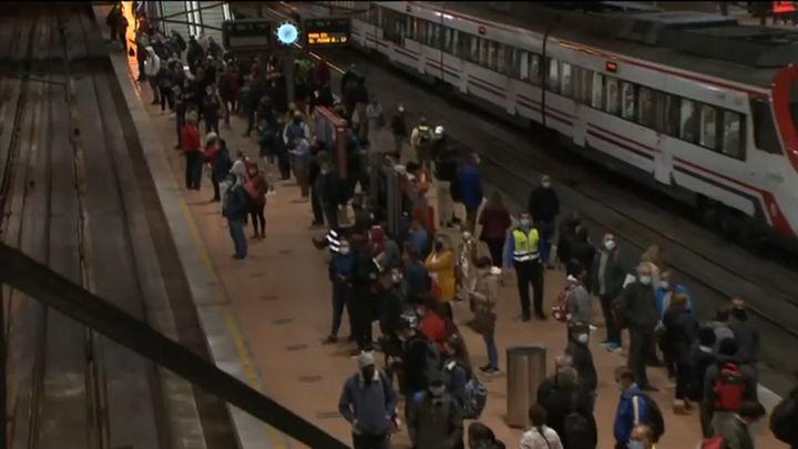 Retrasos y aglomeraciones en Cercanías en la cuarta jornada de huelga de maquinistas