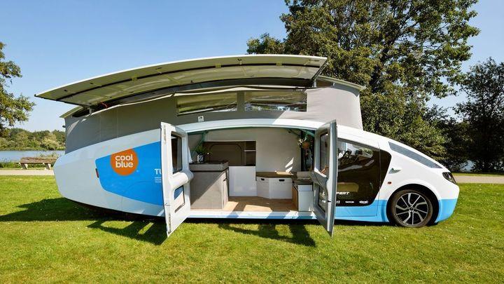 Un coche-casa que funciona con energía solar llega a Madrid