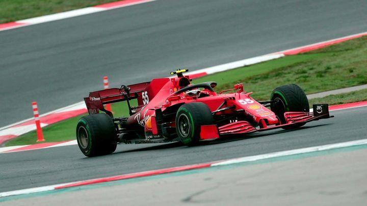 Bottas gana en Turquía, Sainz octavo y Verstappen recupera el liderato