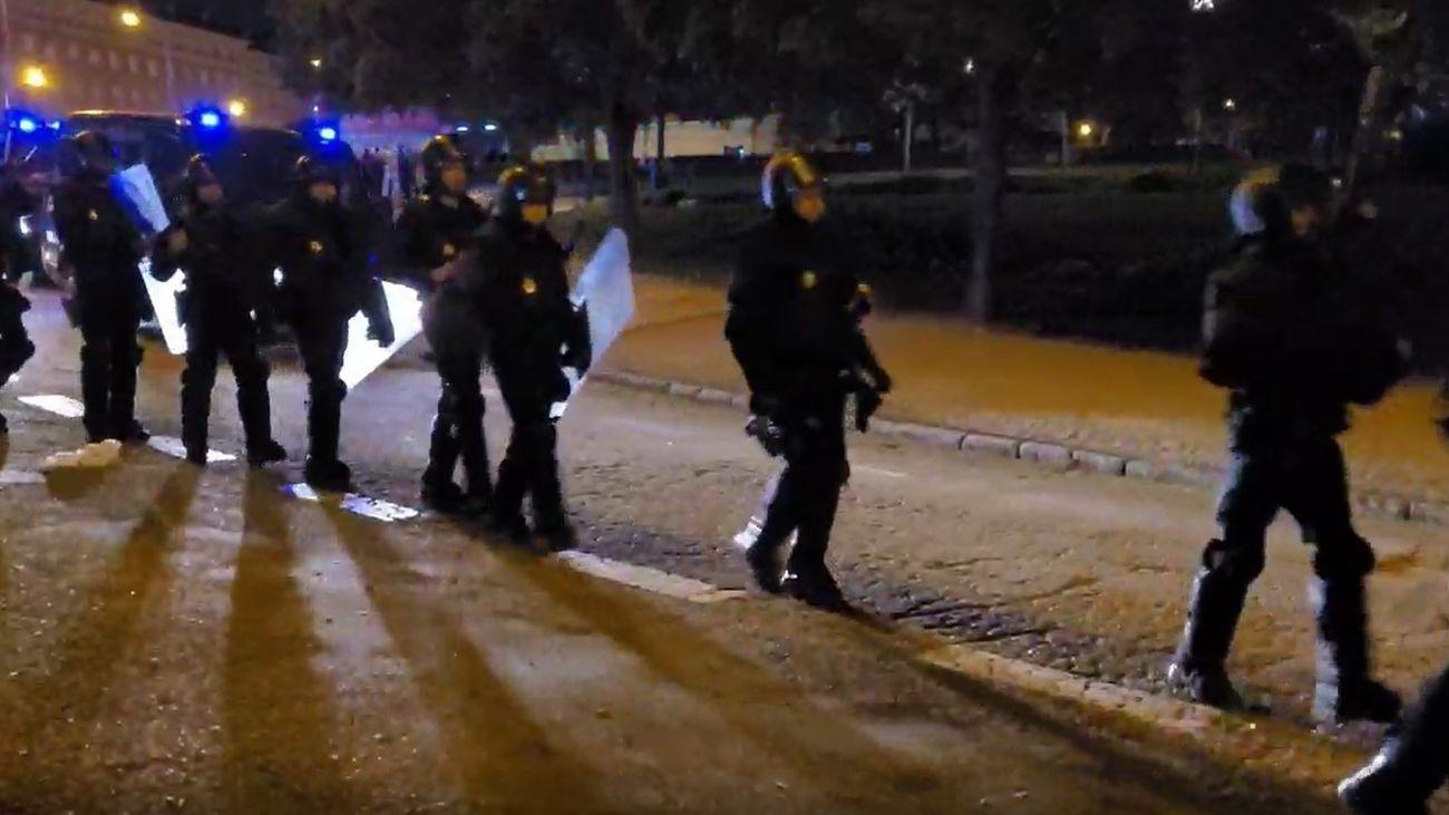 Varios de los 55 detenidos en el macrobotellón del parque del Oeste pertenecen a bandas organizadas