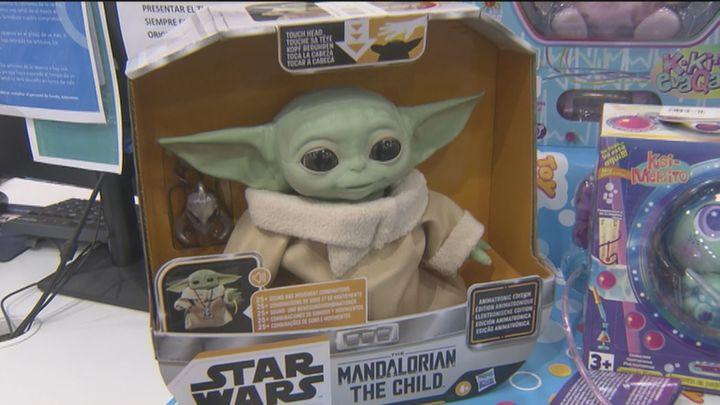 Baby Yoda, los dinosaurios, los tamagotchis... serán más caros esta Navidad