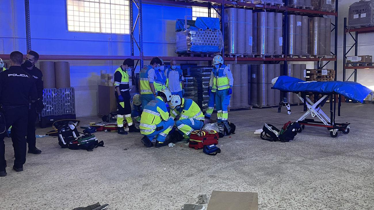 Muere un trabajador tras caer desde el tejado de una nave industrial en Fuenlabrada