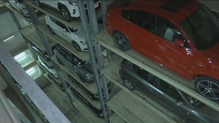 Nos adentramos en el parking robotizado más grande de España situado en Madrid