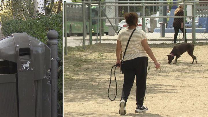 El Ayuntamiento destina tres millones de euros para reponer las bolsas de caca de los perros en las papeleras