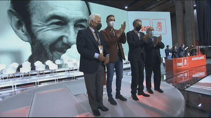 Sánchez escenifica la unidad con Zapatero y González que pide hablar con libertad en el seno del PSOE