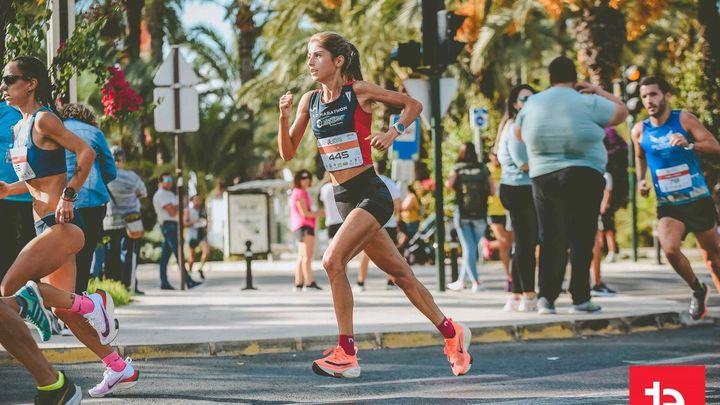 Alejandra Sánchez analiza la plata en la Media Maratón de Elche