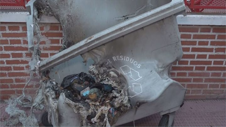 Los vecinos de Valdemoro denuncian la quema de contenedores en todo el municipio