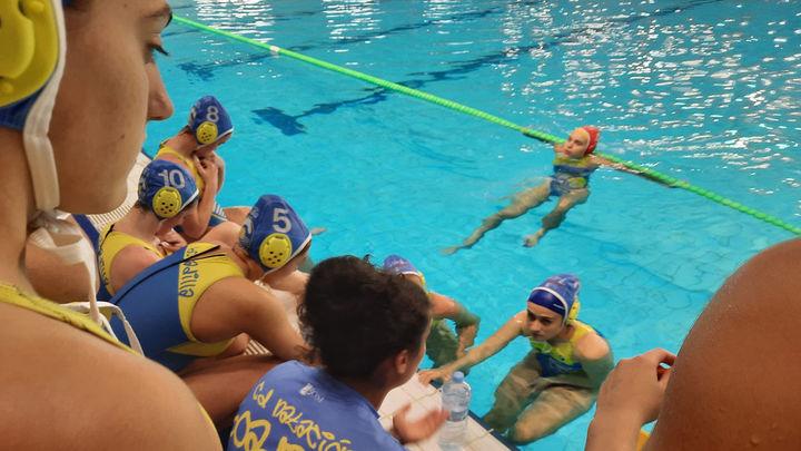 El Boadilla Femenino debuta con victoria en División de Honor de waterpolo
