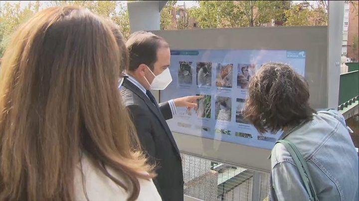 Ya están instaladas las pantallas interactivas para conocer la flora y fauna del río Manzanares