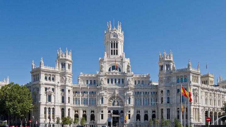 Los sindicatos molestos con la filtración de la oferta de empleo público 2021 en el Ayuntamiento de Madrid