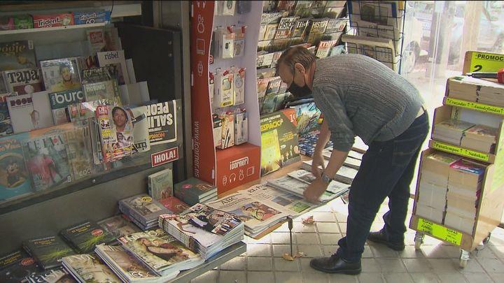Los quioscos de prensa de Madrid podrán exhibir publicidad de todos sus productos