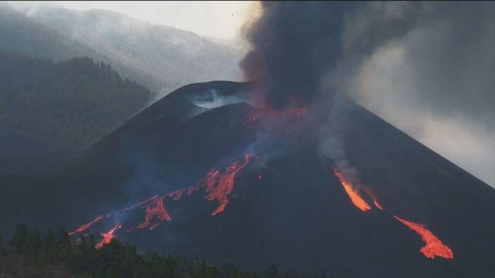El volcán de La Palma está en máxima actividad