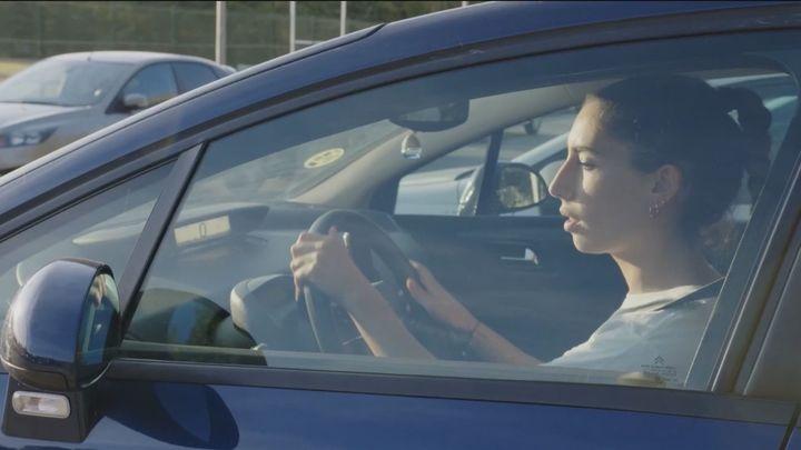 Se reduce un 41% la mortalidad entre los conductores jóvenes, aunque son los que más accidentes provocan