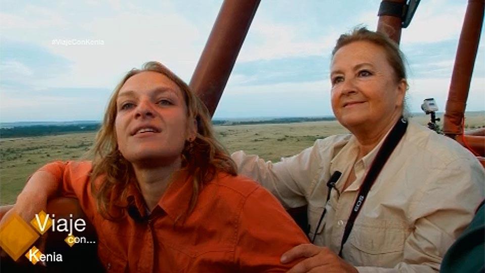 María y Marta recorren Masai Mara en globo