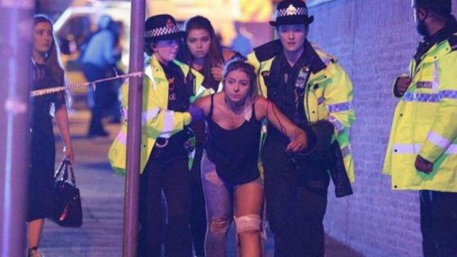 Al menos 22 muertos y 59 heridos en el atentado suicida de Manchester